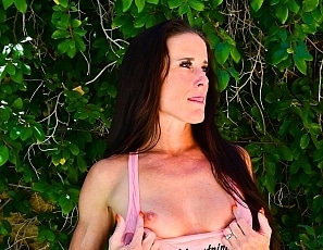 SofieMarieXXX/MS Pink Tank and Panties Wet