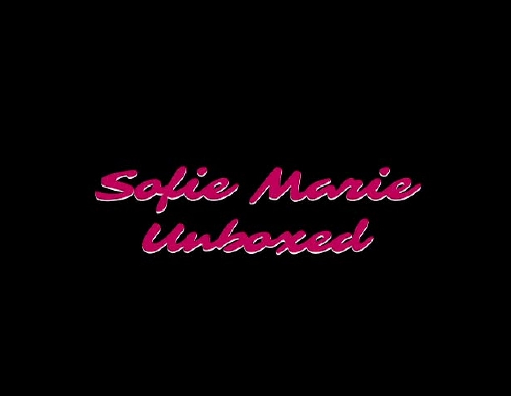 SofieMarieXXX/Tracys Dog Dildo Review