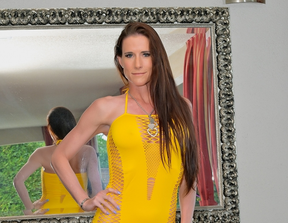 SofieMarieXXX/Yellow Dress Mirror